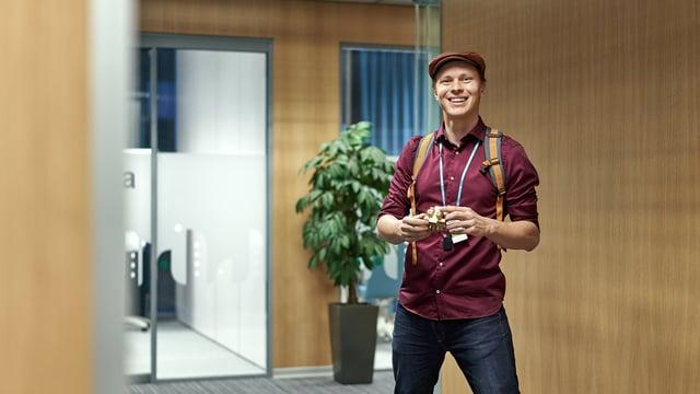 Altti Kurki on yksi nuorista osaajista, joka tuli A-Insinööreille töihin opintojensa loppuvaiheessa. Nyt hänellä on vakituinen työpaikka geo- ja kalliotekniikan yksikössä infrageotekniikan suunnittelijana.