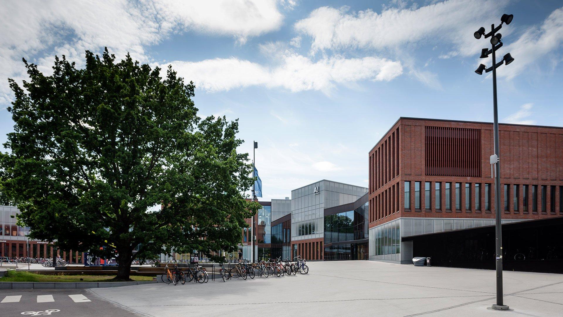 Aalto-yliopiston päärakennus Väre syntyi allianssilla